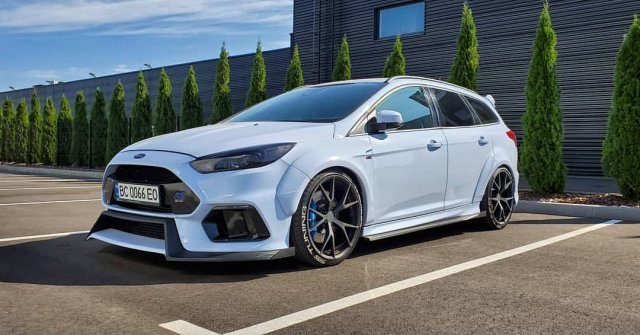 first-ford-focus-rs-wagon-conversion-comes-with-drifting-awd_6.jpg
